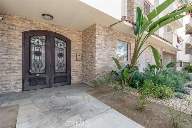4550 Coldwater Canyon Avenue 105, Studio City, CA 91604