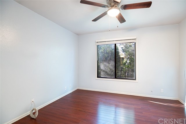 11300 Foothill Bl, Lakeview Terrace, CA 91342 Photo 14
