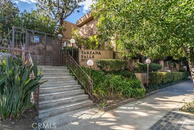 18730 Hatteras Street 16, Tarzana, CA 91356