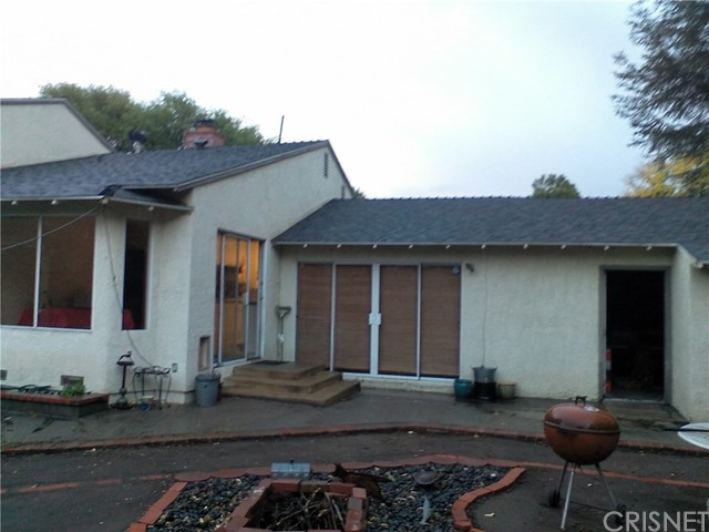 6903 Amestoy Avenue, Los Angeles, CA 91406
