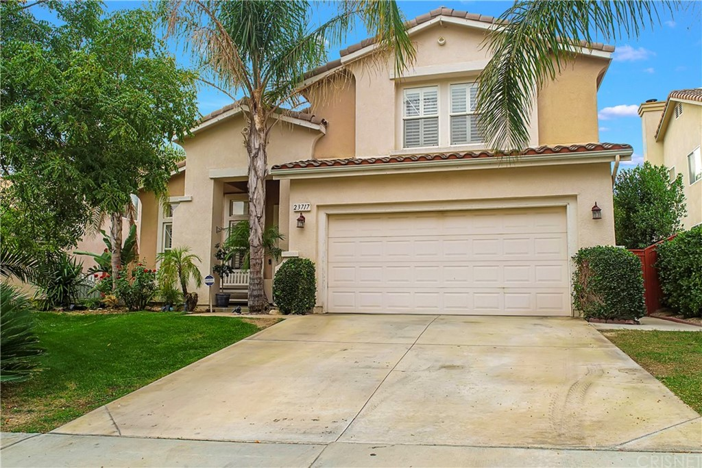 23717     Red Oak Court, Newhall CA 91321