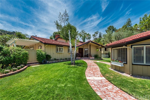 16963 Cotter Place, Encino, CA 91436