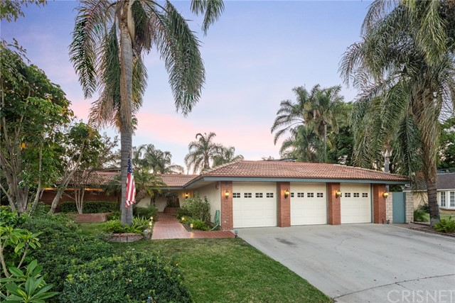 Photo of 19848 Merridy Street, Chatsworth, CA 91311