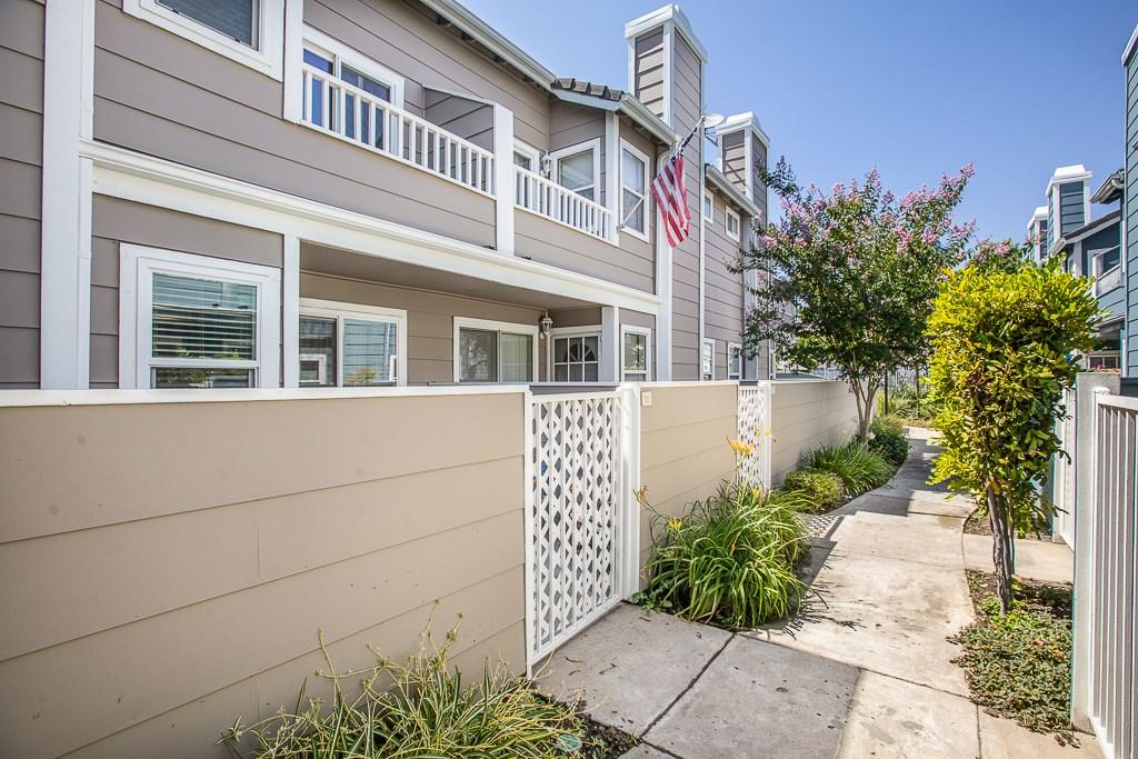 3930 Cochran Street 32, Simi Valley, CA 93063