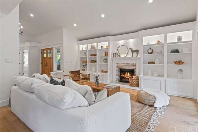 17972 Mayerling Street, Granada Hills, CA 91344