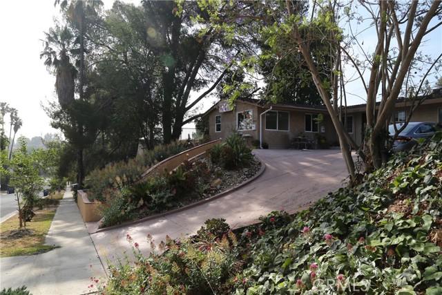 Photo of 20431 Tiara Street, Woodland Hills, CA 91367