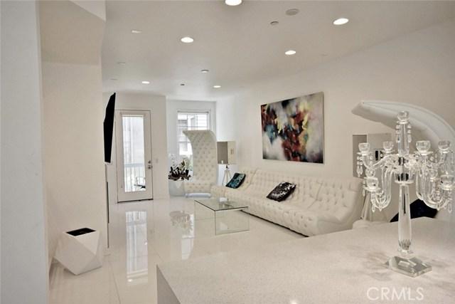 6515 La Mirada Avenue, Hollywood, CA 90038