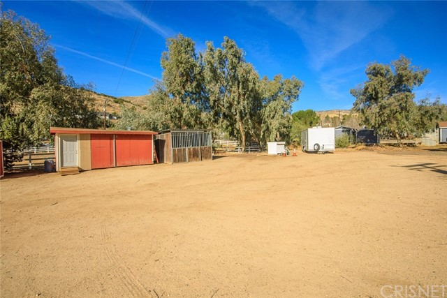 34424 Red Rover Mine Rd, Acton, CA 93510 Photo 41