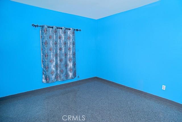 BEDROOM 2 UNIT 2228