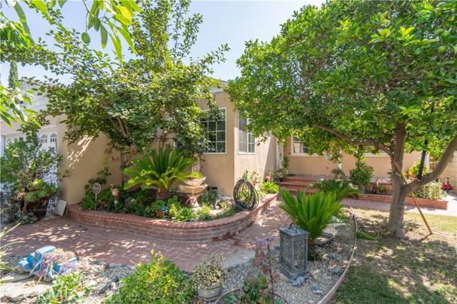8960 Gladbeck Avenue, Northridge, CA 91324