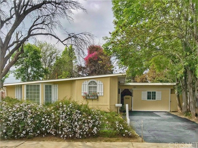17908 Hatton Street, Reseda, CA 91335