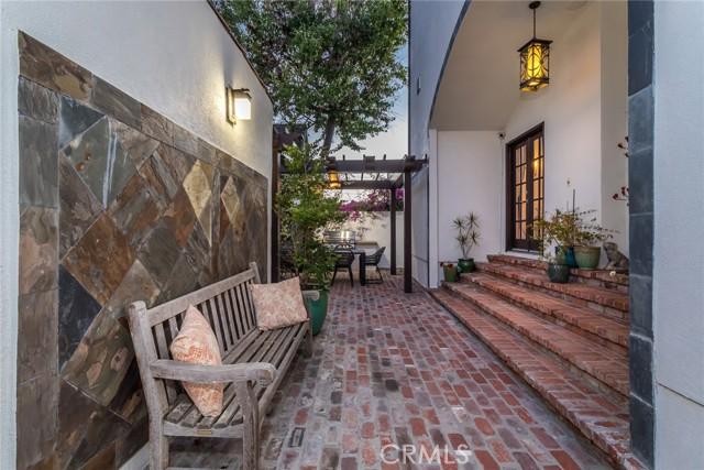 46. 6402 Lindenhurst Avenue Los Angeles, CA 90048