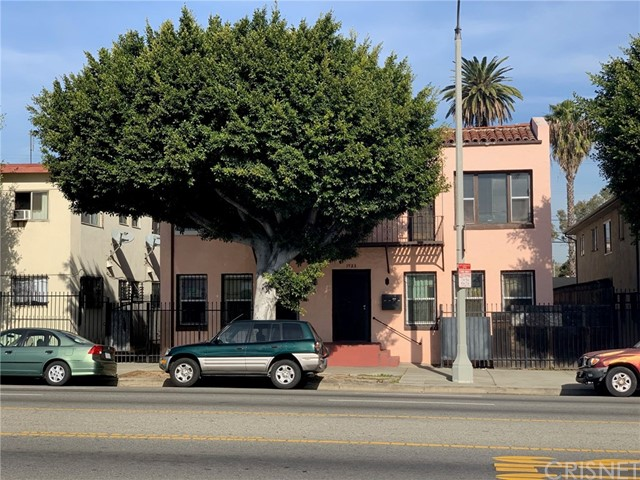 1923 W Florence Avenue, Los Angeles, CA 90047