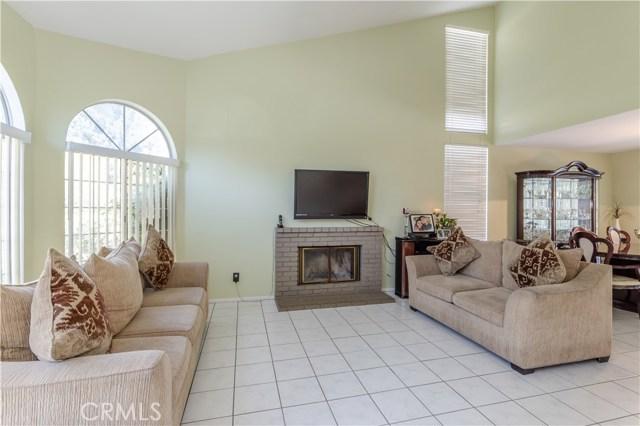 11340 Goleta St, Lakeview Terrace, CA 91342 Photo 3