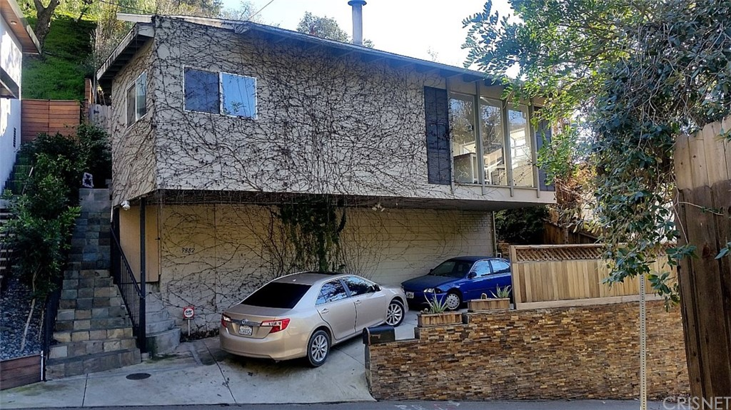 Photo of 9882 PORTOLA DRIVE, Beverly Hills, CA 90210