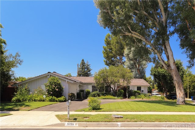 5755 Manton Avenue, Woodland Hills, CA 91367