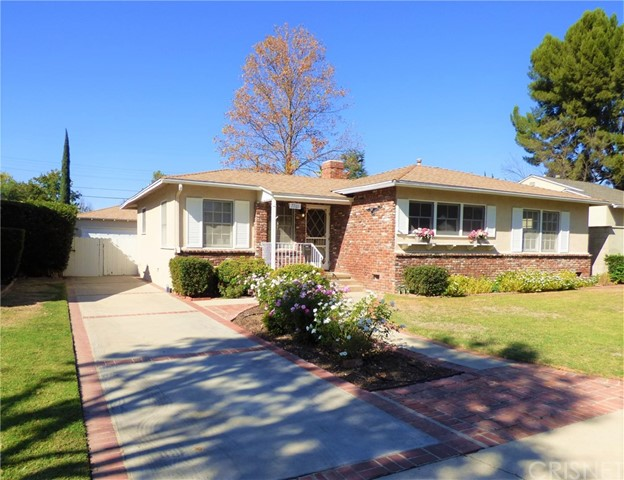 7701 Wish Avenue, Lake Balboa, CA 91406
