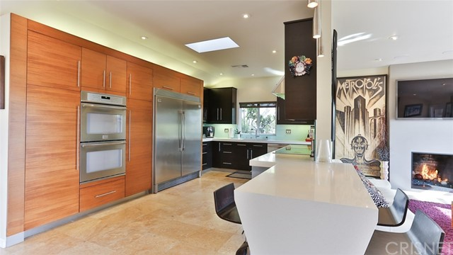 10341 Kurt St, Lakeview Terrace, CA 91342 Photo 9