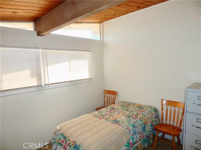 10027 Saloma Av, Mission Hills (San Fernando), CA 91345 Photo 12