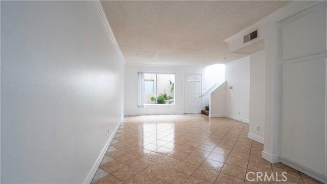 8800 Burnet Avenue 8, North Hills, CA 91343