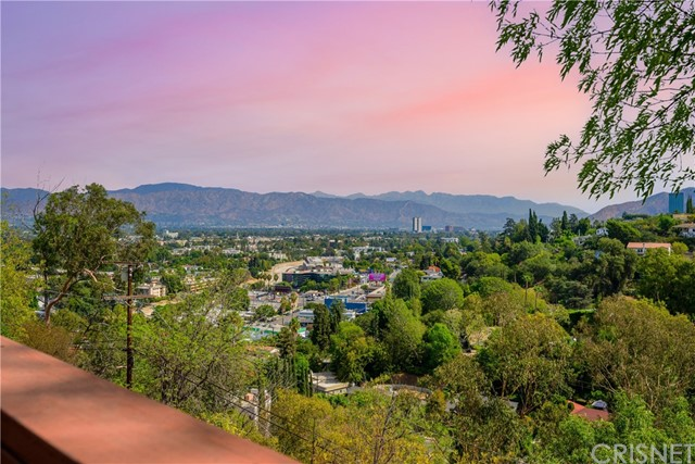 11543 Laurelcrest Drive, Studio City, CA 91604