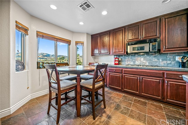 2507 Trails End Rd, Acton, CA 93510 Photo 12