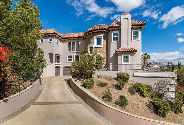 Photo of 5037 Llano Drive, Woodland Hills, CA 91364