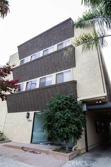 6930 Owensmouth Avenue, Canoga Park, CA 91303