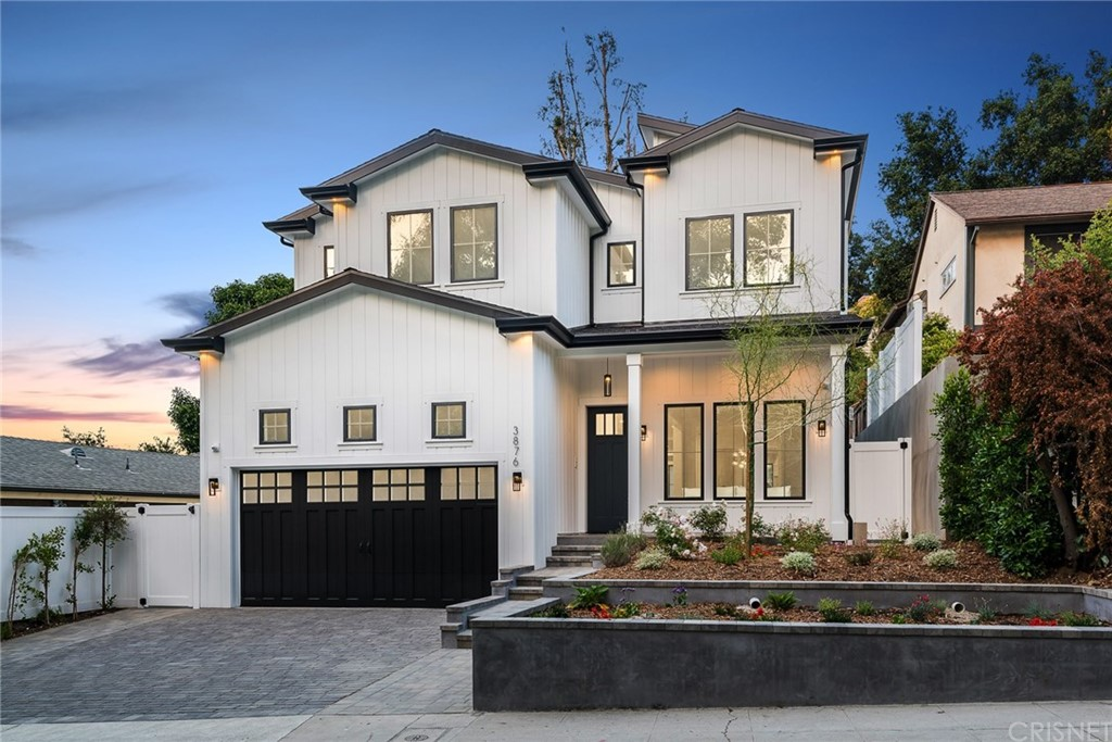Photo of 3876 CARPENTER Avenue, Studio City, CA 91604
