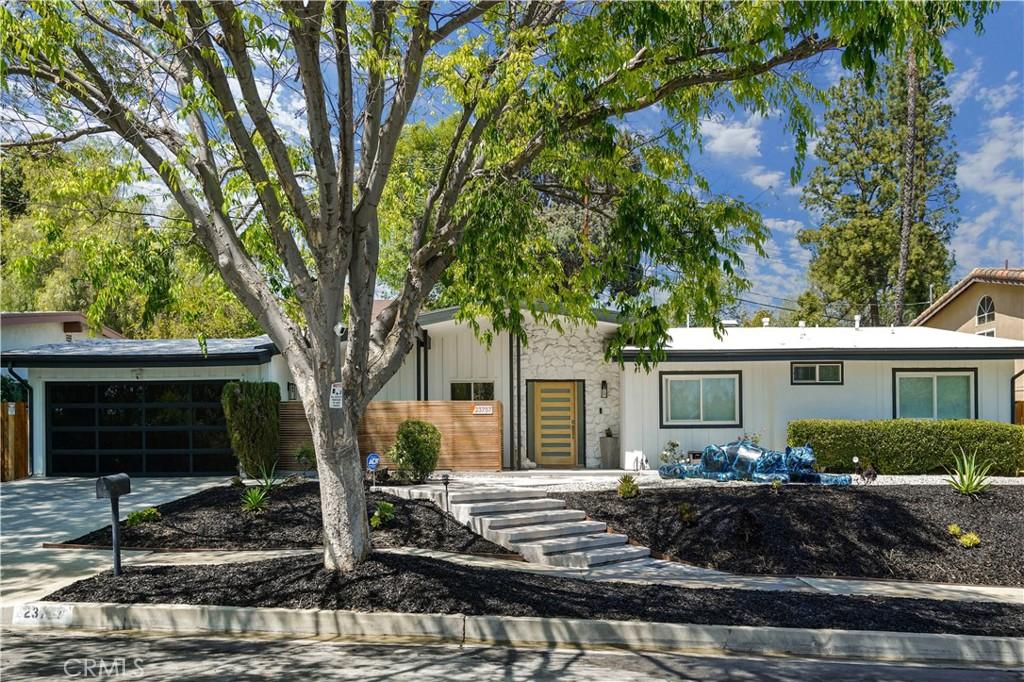 23757     Mariano Street, Woodland Hills CA 91367
