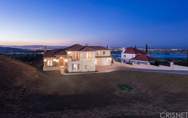 223 Lakeview Drive, Palmdale, CA 93551