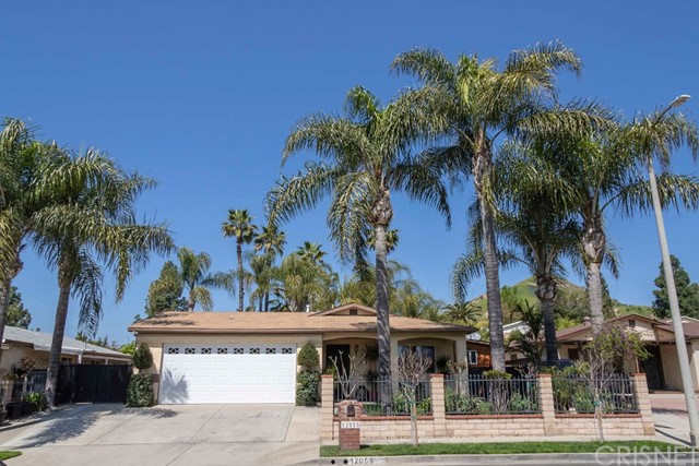 12055 Hoyt Street, Sylmar, CA 91342