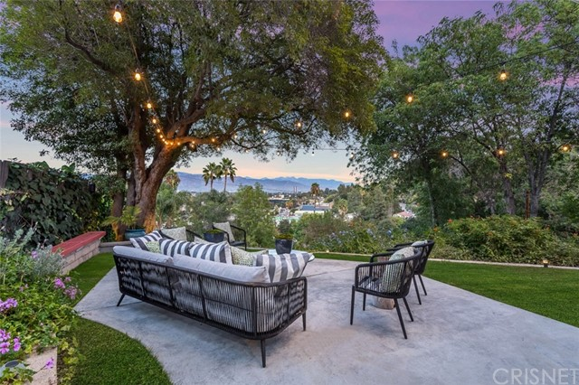 11524 Sunshine Terrace, Studio City, CA 91604