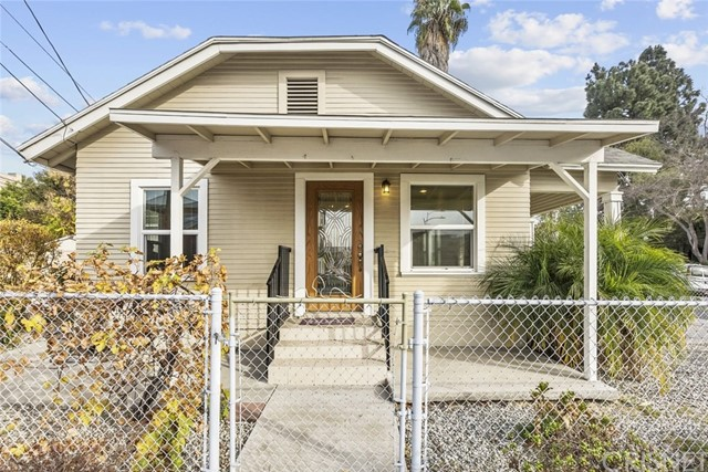 Photo of 817 E Wilson Avenue, Glendale, CA 91206