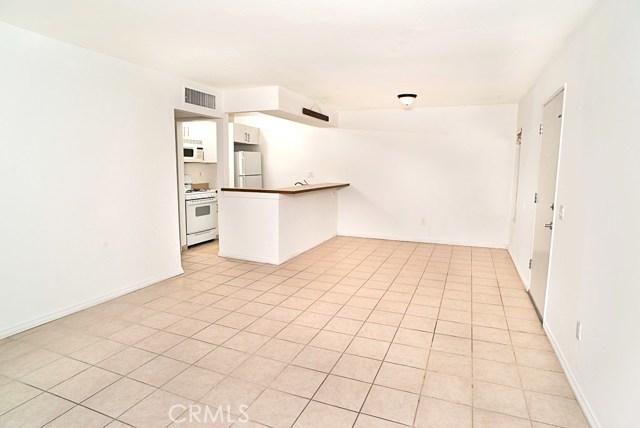 18350 Hatteras Street 110, Tarzana, CA 91356