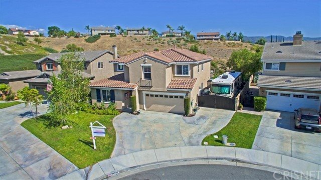 29502 Big Bend Place, Canyon Country, CA 91387