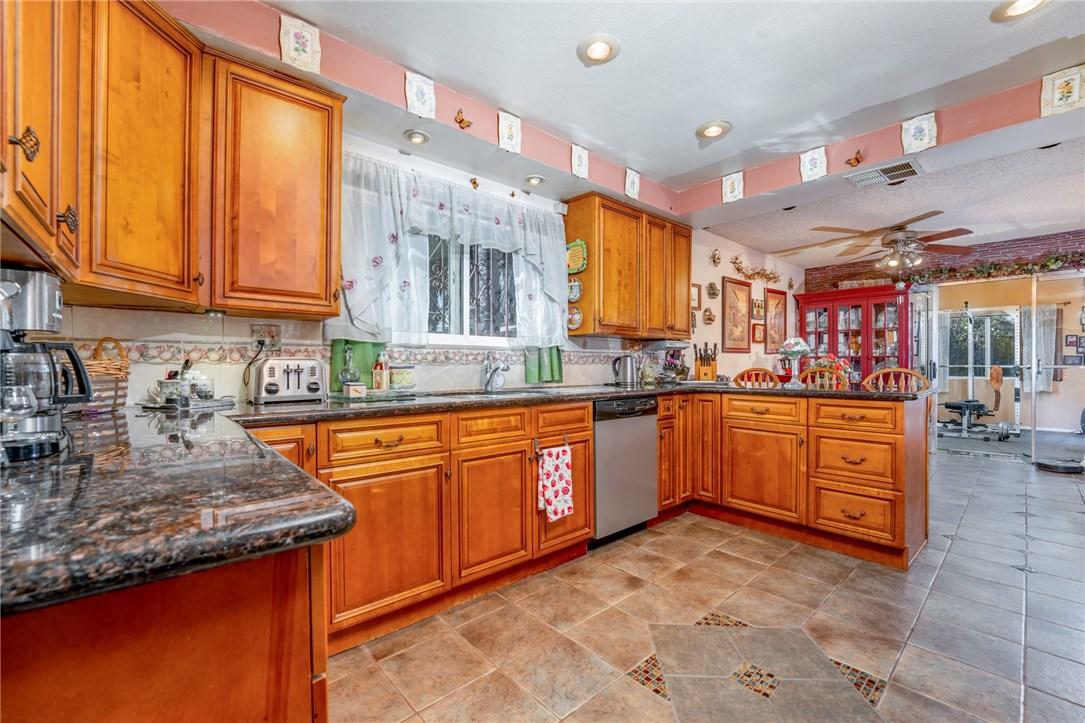 11411 Sunburst St, Lakeview Terrace, CA 91342 Photo 5