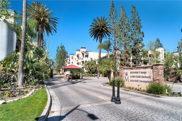 Photo of 21400 Burbank Boulevard #315, Woodland Hills, CA 91367