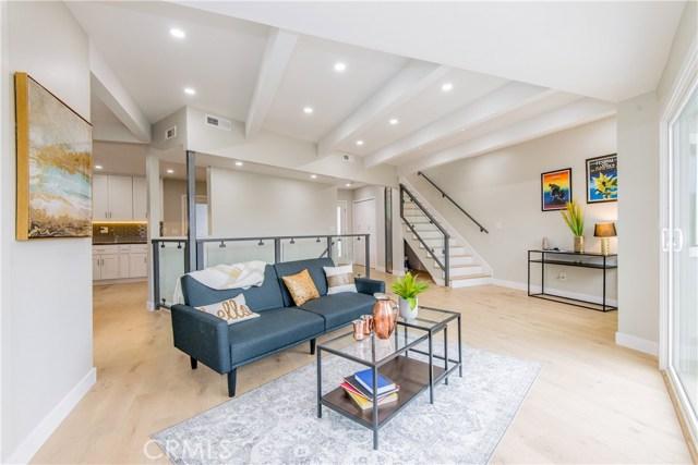2251 Lyric Avenue, Los Angeles, CA 90027