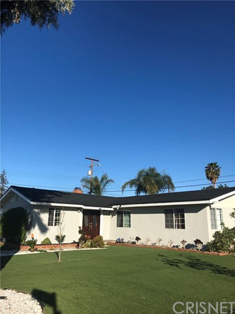7501 Farralone Avenue, Canoga Park, CA 91303