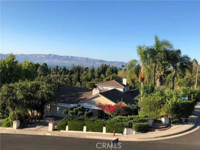 4540 Poe Avenue, Woodland Hills, CA 91364