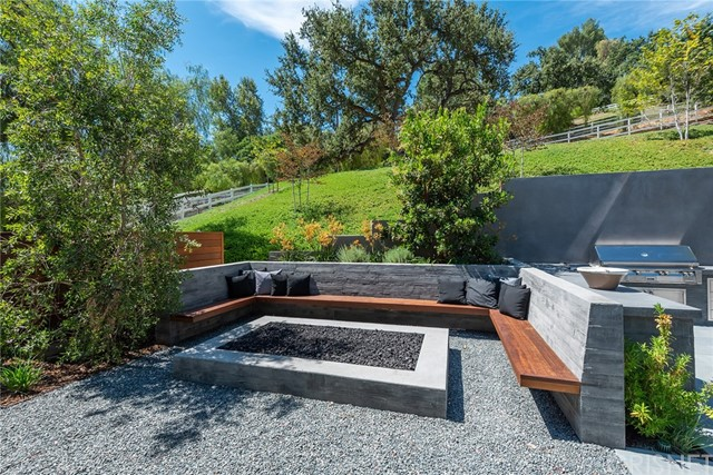 Image 43 of 24760 Long Valley Rd, Hidden Hills, CA 91302