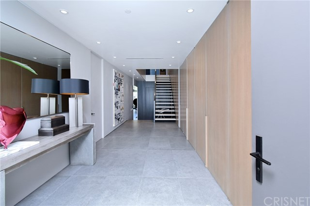 Image 3 of 1807 Blue Heights Dr, Los Angeles, CA 90069