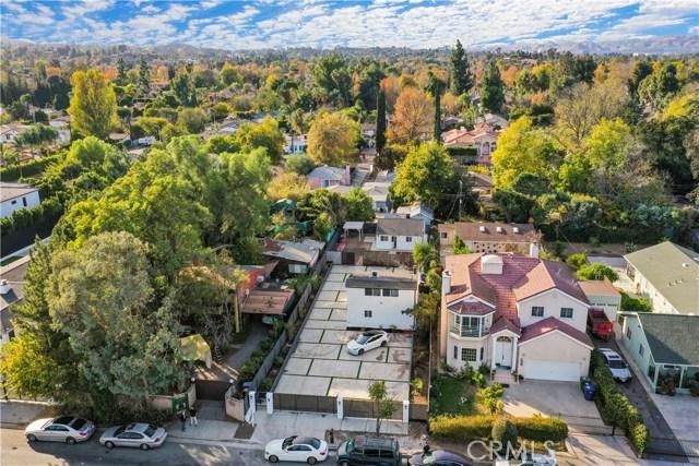 Photo of 5923 Wilbur Avenue, Tarzana, CA 91356