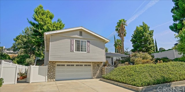 19276 Sierra Estates Drive, Newhall, CA 91321