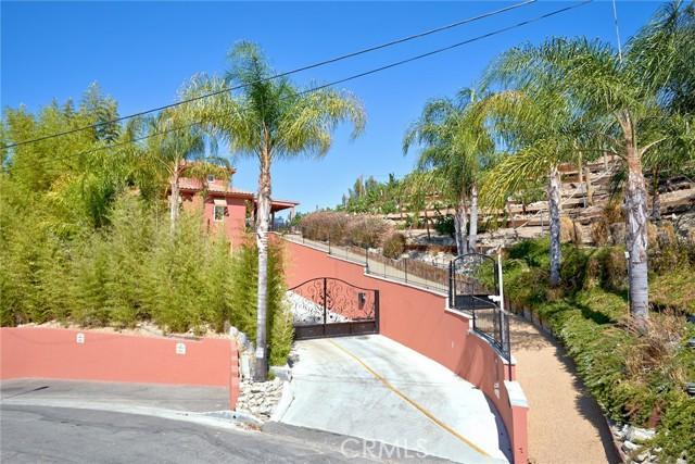 4886 Calderon Rd, Woodland Hills, CA 91364