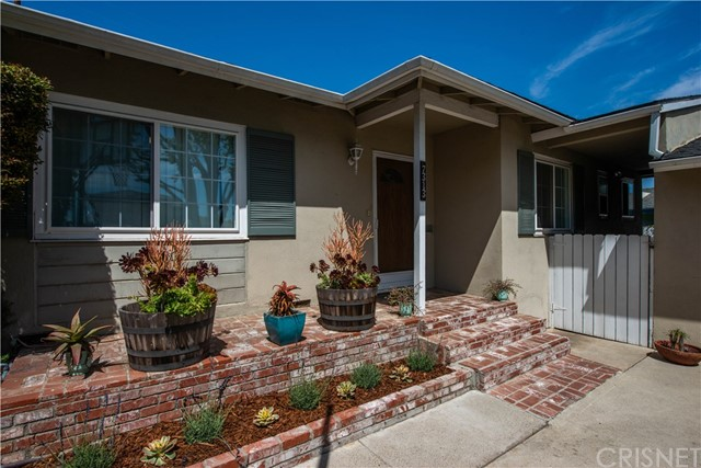 7313 W 88th Place, Los Angeles, CA 90045