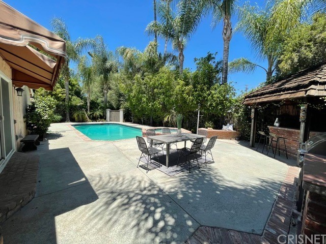 23221 Ladrillo St, Woodland Hills, CA 91367