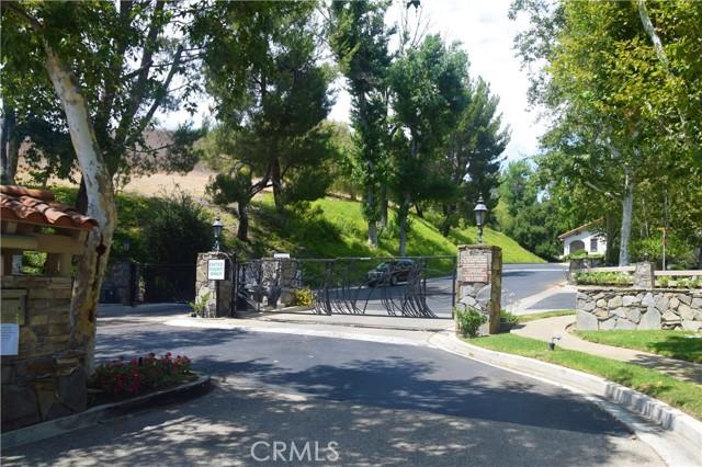 2. 694 N Valley Drive Westlake Village, CA 91362