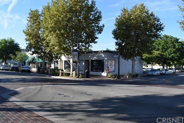 24337 Main Street, Newhall, CA 91321